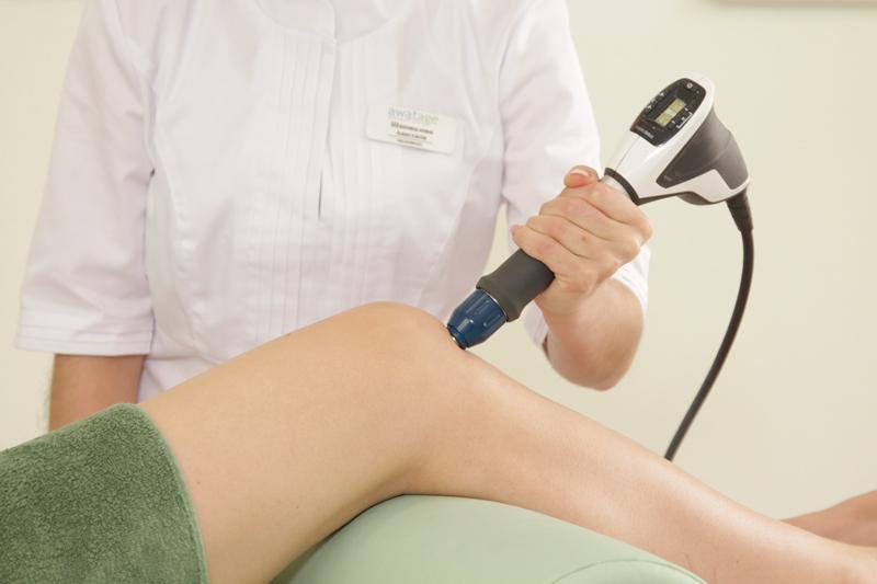 Лечение болезни Шляттера методом УВТ (ударно-волновой терапии) Запорожье