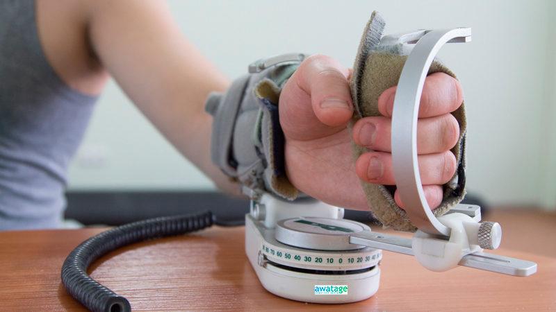 Пассивная механотерапия при восстановлении движений руки после инсульта