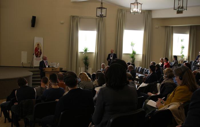 Доклады украинских врачей на форуме по нейрореабилитации.