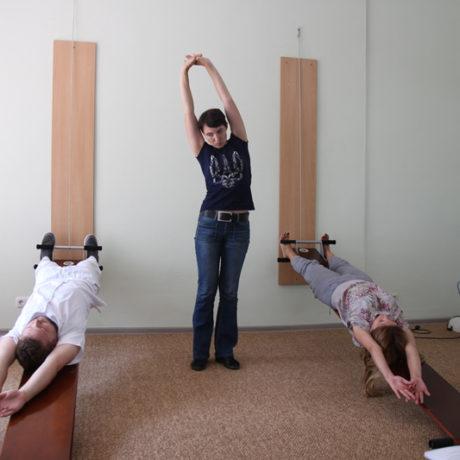Тренинг и обмен опытом по методике Евминова проводит врач центра Евминова Ирина Собко. Тренинг проводился на базе медицинского центра Аватаж в Запорожье.