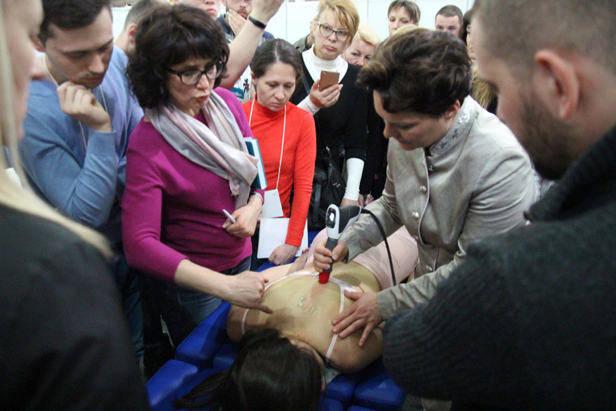 Мастер-класс по применению новых технологий РУВТ в триггерной терапии. Кэтрин Регенер, Германия.