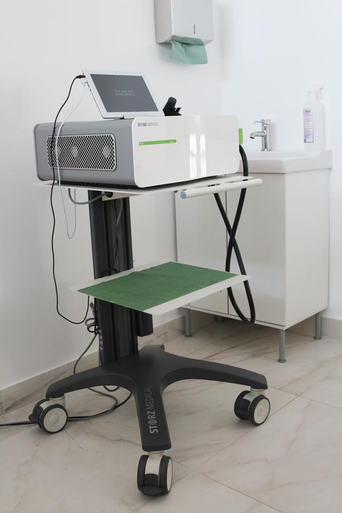 Аппарат фокусированной ударно-волновой терапии для лечения диабетической стопы и язв голени и стопы Duolith SD1 T-TOP, Storz Medical.